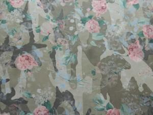 Viscose Camouflage mit Rosen