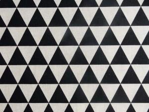 Dekoleinen Dreiecke schwarz beige