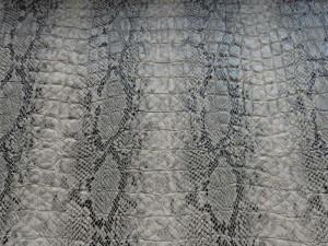 Schlangenleder-Imitat beige