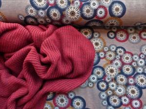 Punto di roma und Baumwoll-Strickstoff